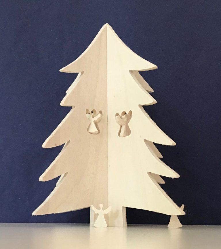 Uitgefreesde houten kerstboom