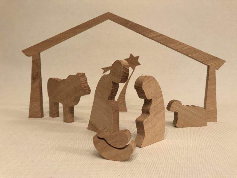 Kerststal eigen ontwerp houtfreeswerk