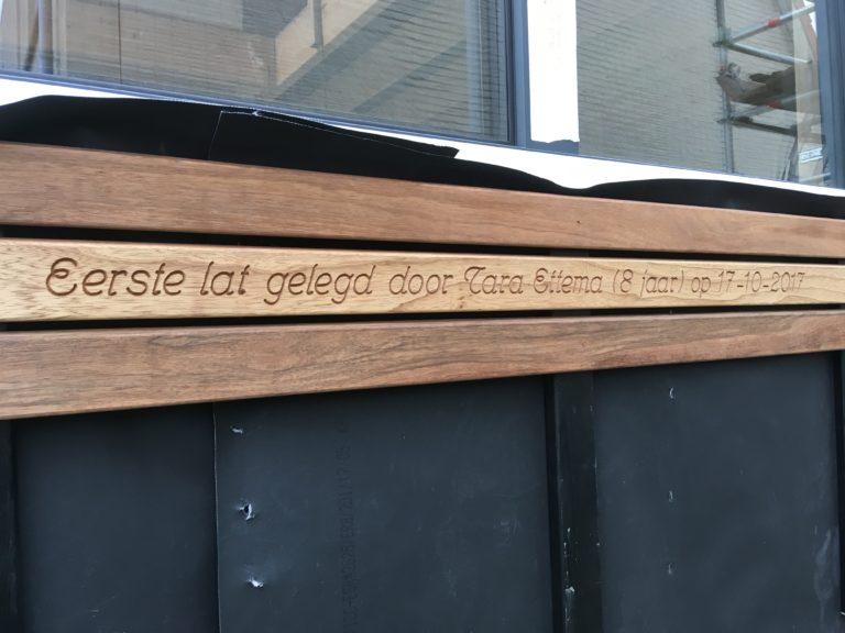 Letters frezen in hout